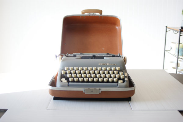 vintage typewriter smith corona silent super