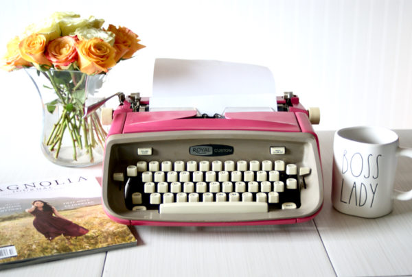 1962 Royal Custom vintage typewriter mambo pink