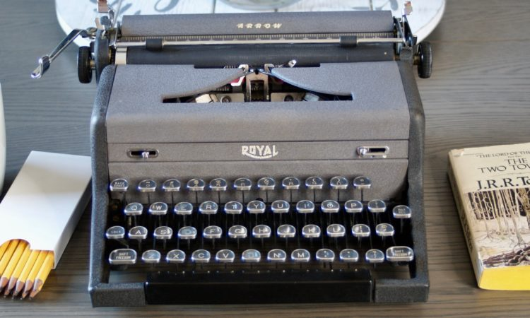 1948 Royal vintage typewriter
