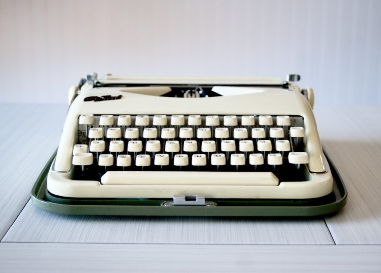 cole steel vintage typewriter