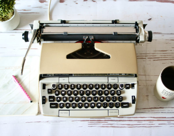 electra 120 gold typewriter